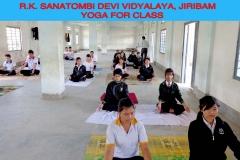Yoga-class-Girls